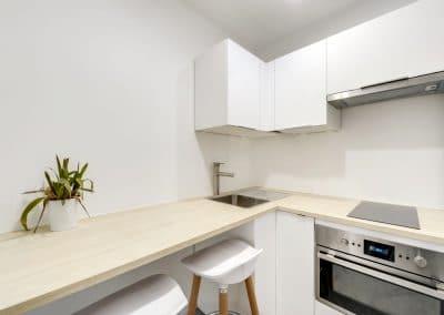amenagement studio vefa jurgen heyer velizy villacoublay cuisine ikea blanche plan travail bois kaizo studio architecte interieur paris bourg la reine web