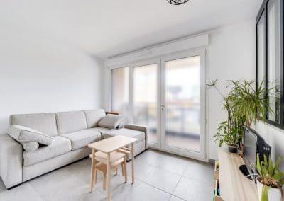 amenagement studio vefa jurgen heyer velizy villacoublay sejour canape gris kaizo studio architecte interieur paris bourg la reine web