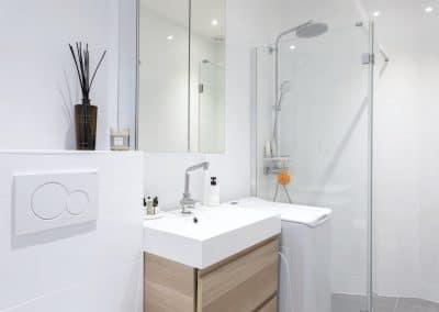 renovation appartement de paris bievres salle de douche vasque ikea godmorgon wc suspendu kaizo studio architecte interieur paris bourg la reine web