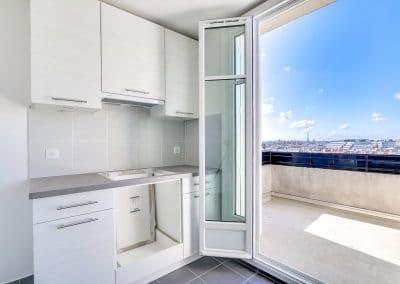 renovation appartement locatif ledru rollin paris cuisine avec vue cuisson kaizo studio architecte interieur paris bourg la reine web