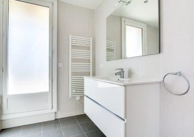 renovation appartement locatif ledru rollin paris salle de bain meuble vasque kaizo studio architecte interieur paris bourg la reine web