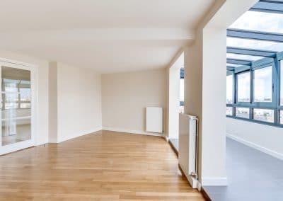 renovation appartement locatif ledru rollin paris sejour verriere avec vue entree kaizo studio architecte interieur paris bourg la reine web