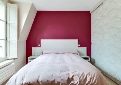 renovation appartement quai montebello paris chambre tete de lit kaizo studio architecte interieur paris bourg la reine web