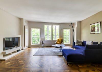 renovation appartement quai montebello paris sejour parquet versailles kaizo studio architecte interieur paris bourg la reine web