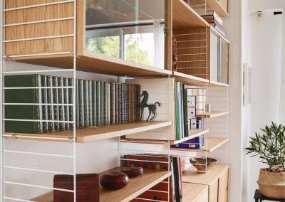 renovation maison de la bievre bourg la reine detail bibliotheque string furniture kaizo studio architecte interieur paris bourg la reine web