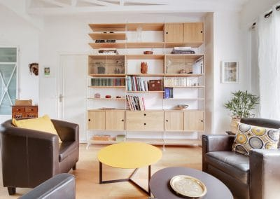 renovation maison de la bievre bourg la reine detail table basse treku kabi bibliotheque string furniture kaizo studio architecte interieur paris bourg la reine web