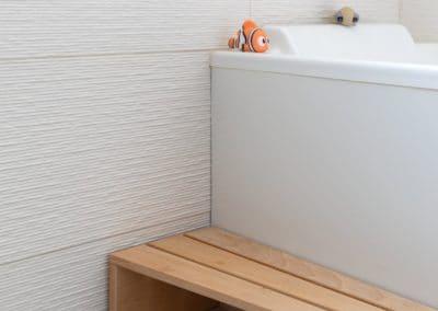renovation maison georges clemenceau maisons alfort etage salle de bain baignoire marche pied kaizo studio architecte interieur paris bourg la reine web