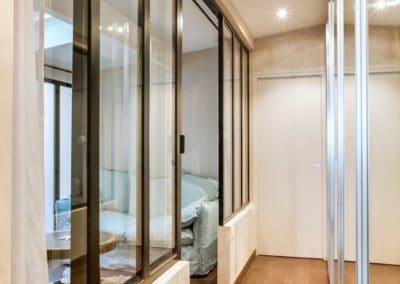 transformation atelier en appartement aboukir paris couloir verriere penderie portes miroir acces chambres kaizo studio architecte interieur paris bourg la reine web
