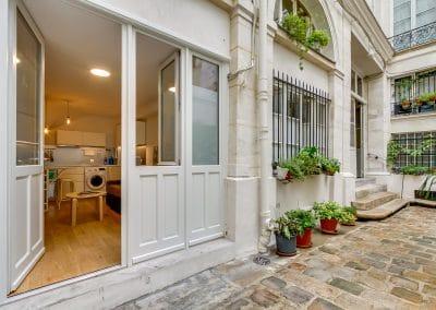 transformation local duplex habitation aboukir paris cour interieure entree kaizo studio architecte interieur paris bourg la reine web